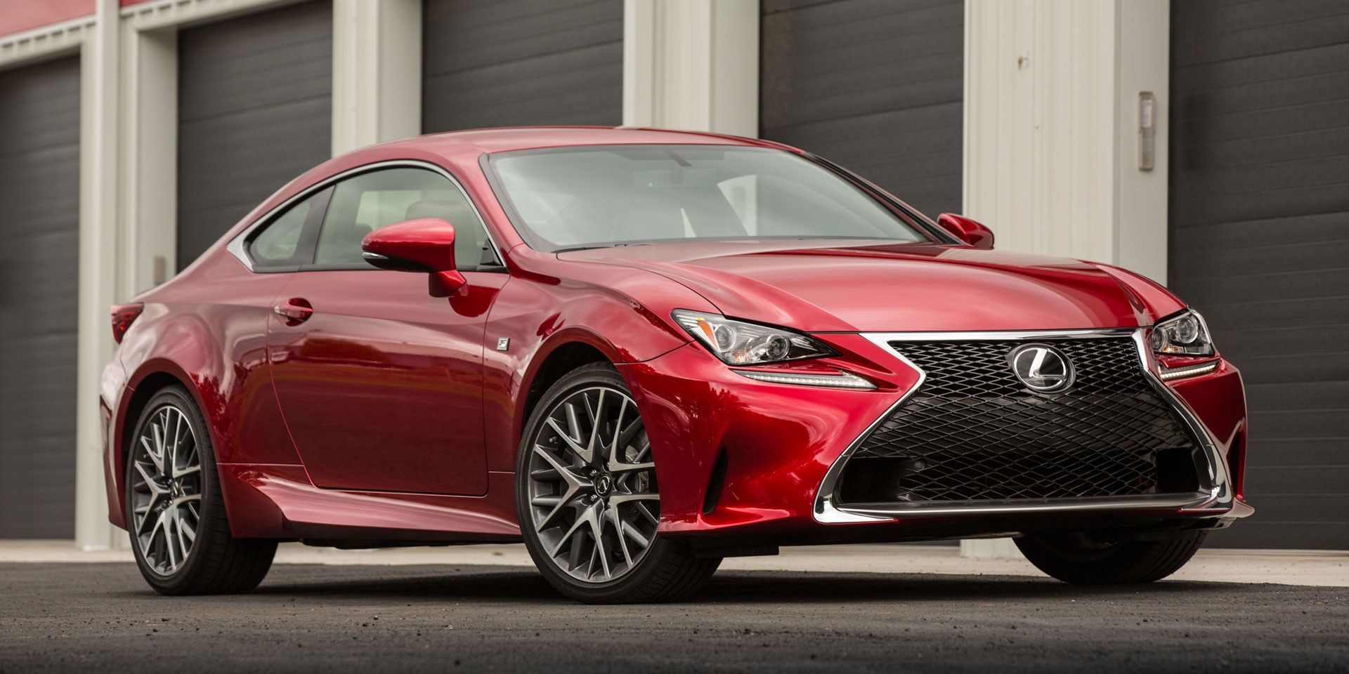https://www.drivechicago.com/featured/img/2015-Lexus-RC-F-1.jpg