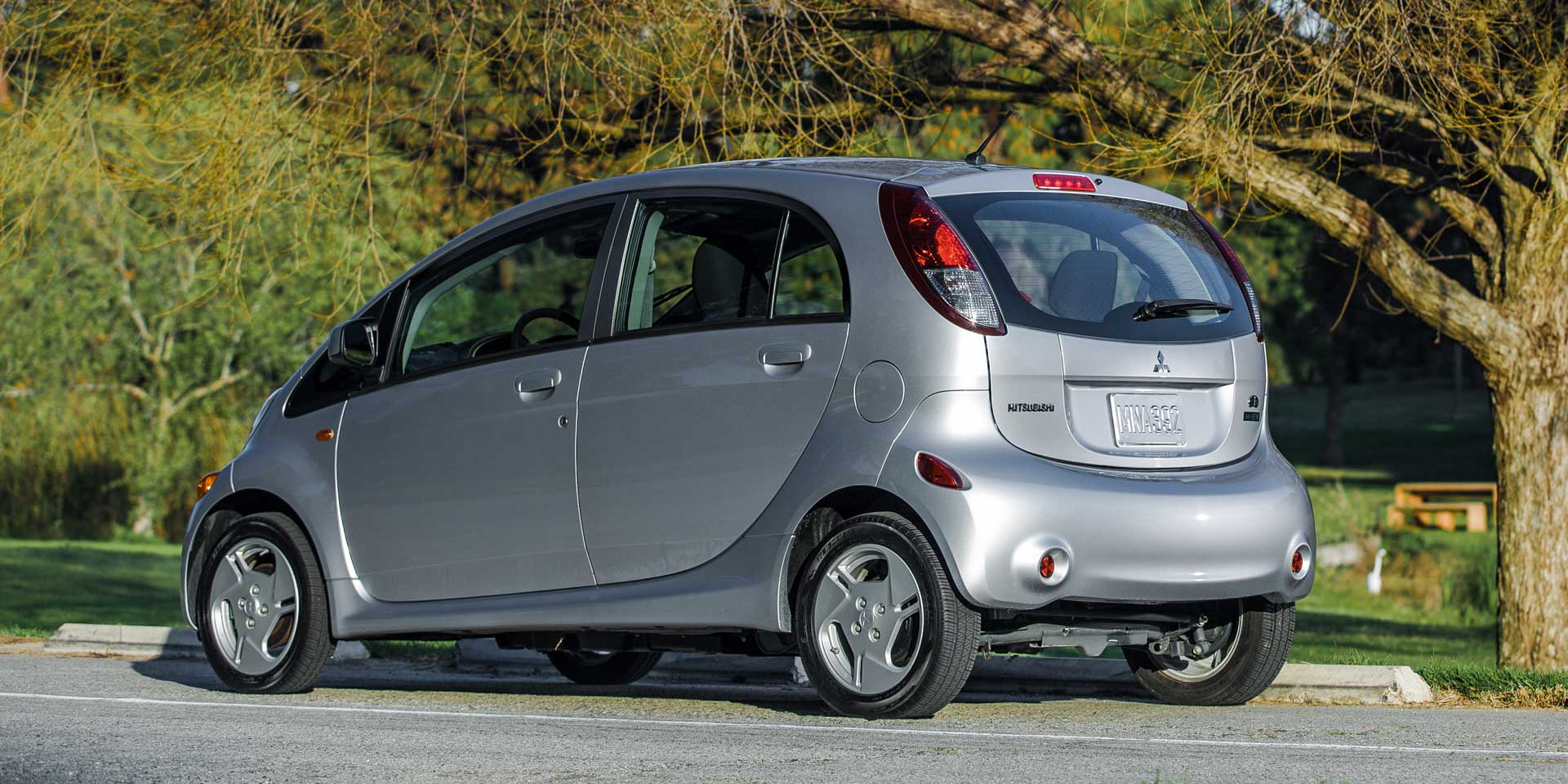 sale photo original driver cargo test and mitsubishi i instrumented reviews car prototype electric for s miev