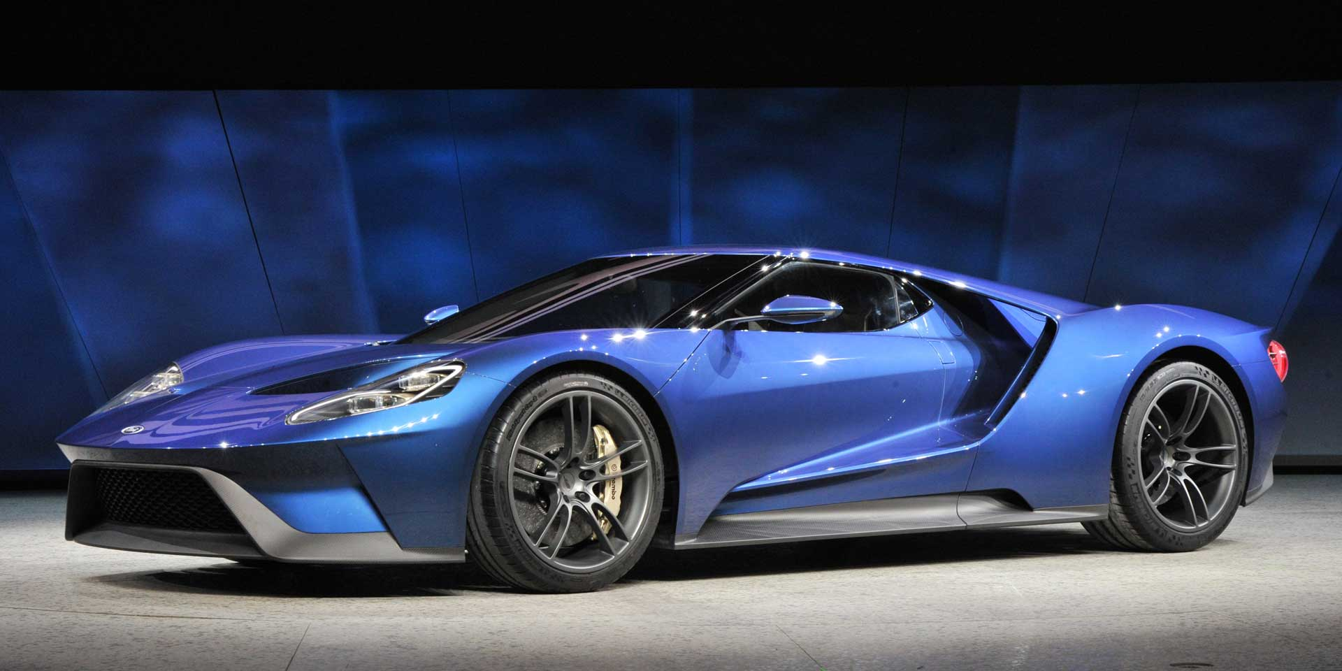 Featured vehicle the 2017 ford gt