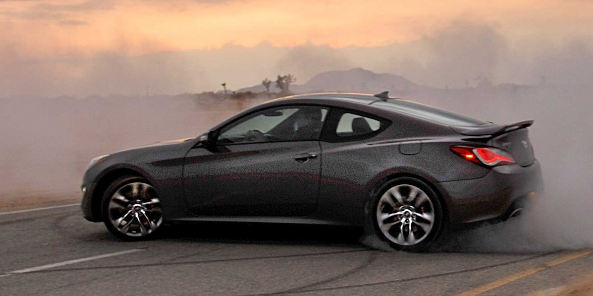 2016 Hyundai Genesis For The Four Door Sedan And Two Coupe Wear Fluidic Sculpture Design Receives Additional Standard Equipment