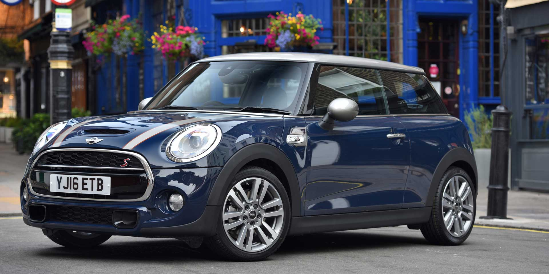 2017 MINI 2-Door/4-Door/Convertible