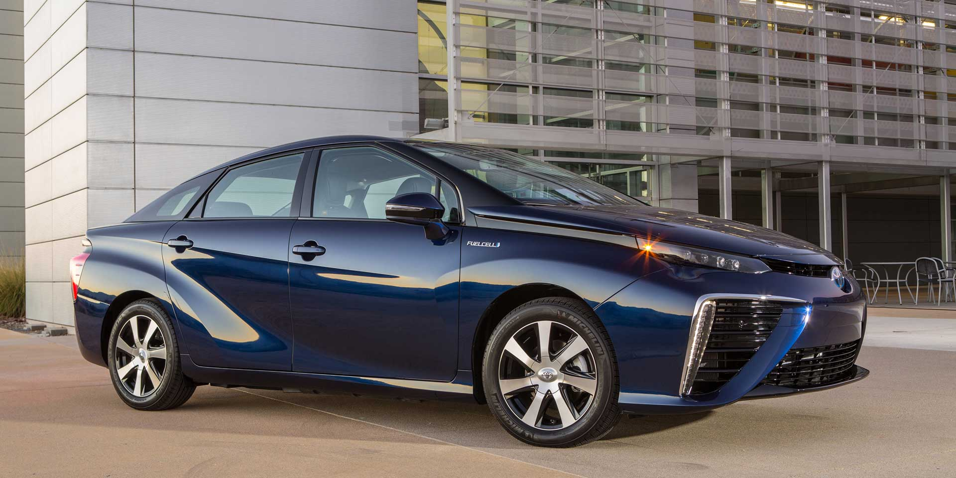 2017 Toyota Mirai The Will Be One Of Most Unique Vehicles On Display At Chicago Auto Show Thanks To Its Fuel Cell Energy